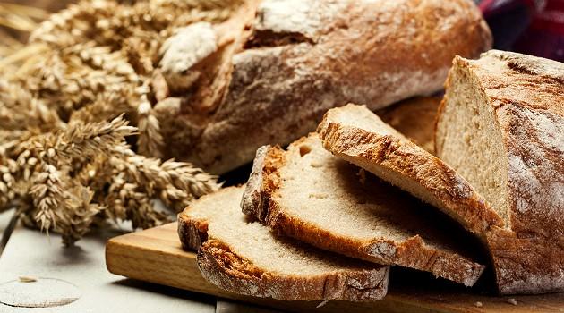 O pão integral caseiro é uma alternativa mais barata e mais saudável do que o industrializado