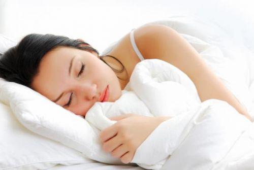 conheca-a-melatonina-hormonio-do-sono-que-regula-o-relogio-biologico