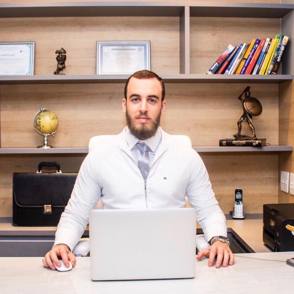 Dr Leone Gonçalves/Reprodução / MF Press Global